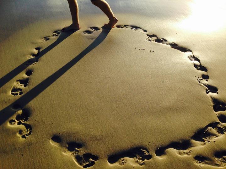 beach-1364868_1920